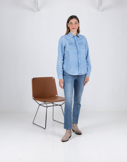 Jeans trombetta in denim medio