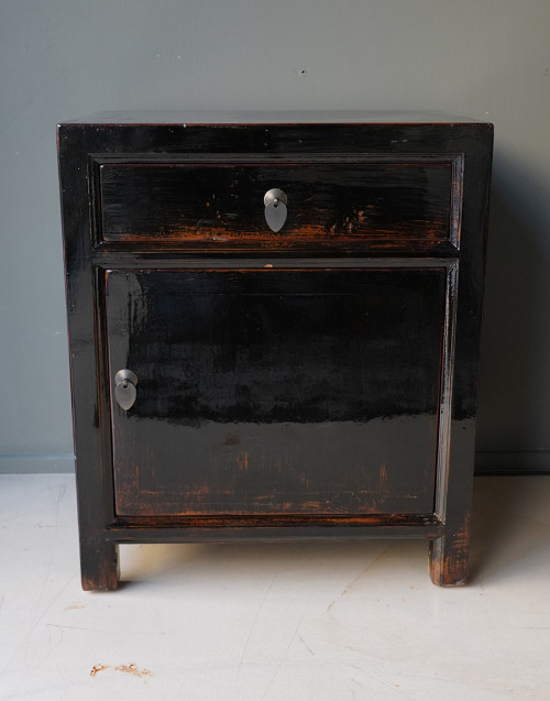Black Chinese bedside table
