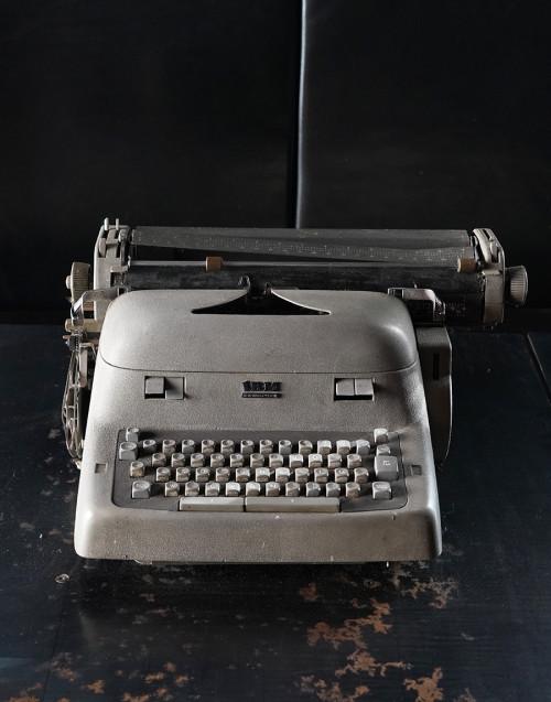 Macchina da scrivere ibm exclusive vintage