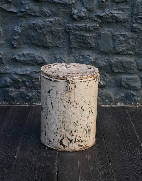 Bin with white iron finish