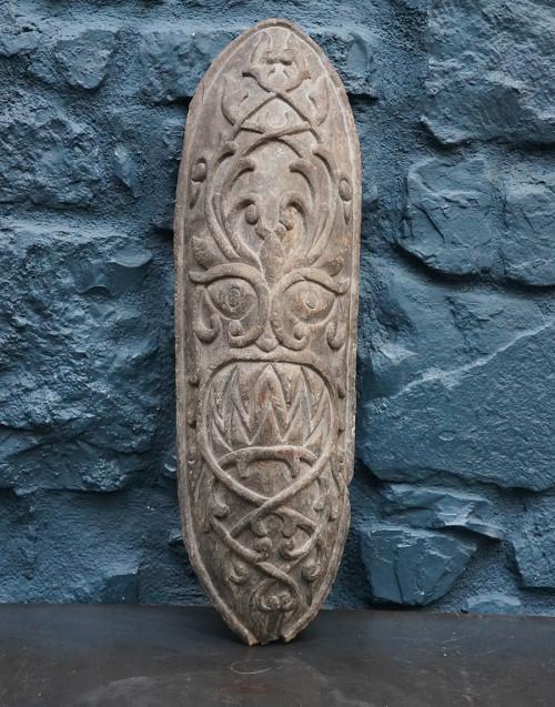 Scudo celtico in legno