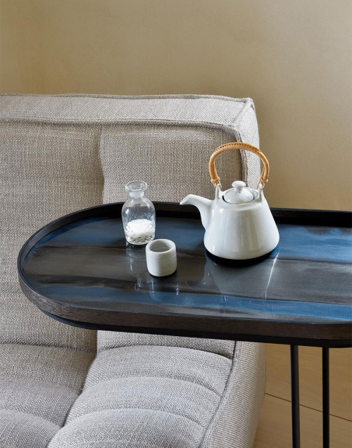 Linear Flow large oval glass tray