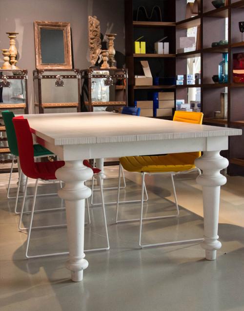 Tavolo Gray 33 LG in Legno Bianco Design Paola Navone...