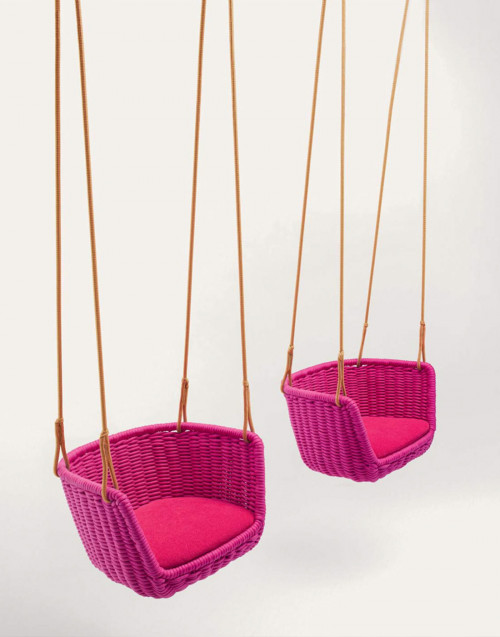 Adagio suspended chair