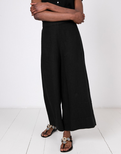 Black linen trousers