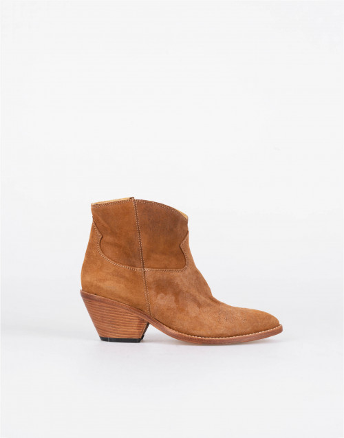 Camel suede leather cowboy boots