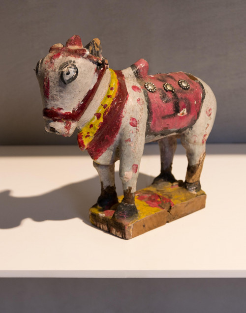 wooden cow colored statue s (red-white)