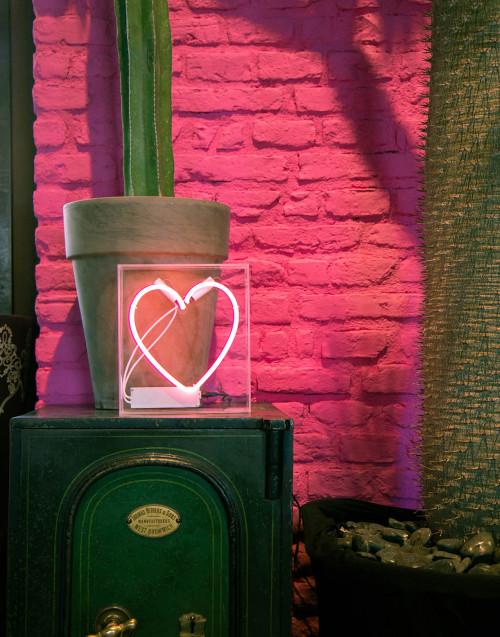 Lampada neon Cuore con cornice