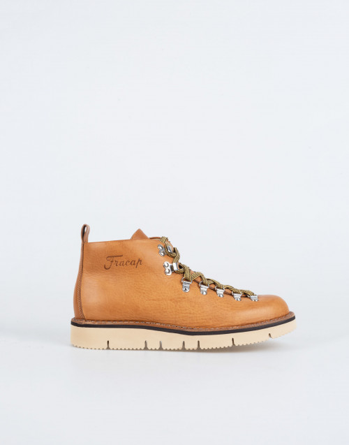 M120 winter boot in ocher tan leather