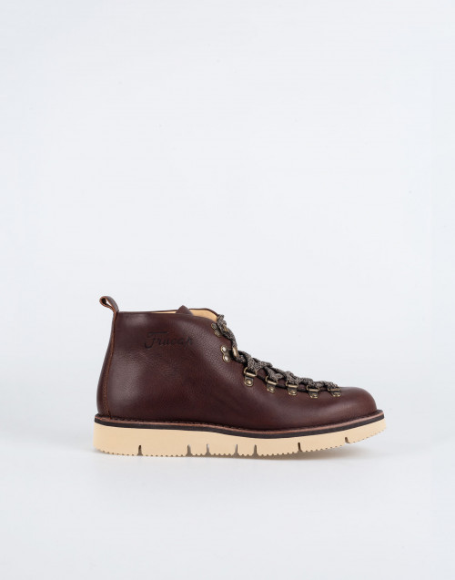 M120 winter boot in burnt brown leather