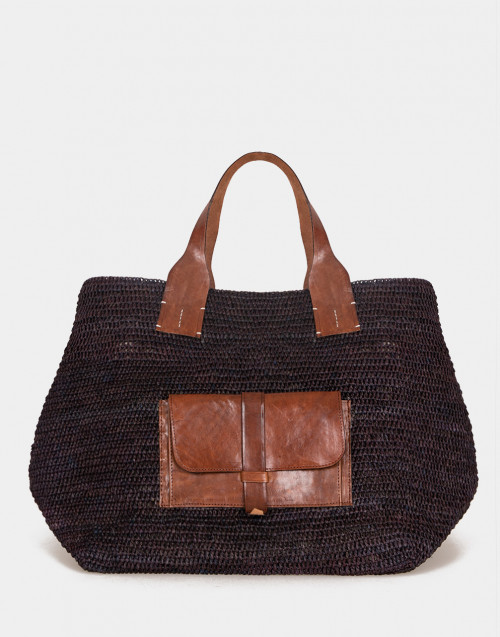 Raffia bag with external pocket