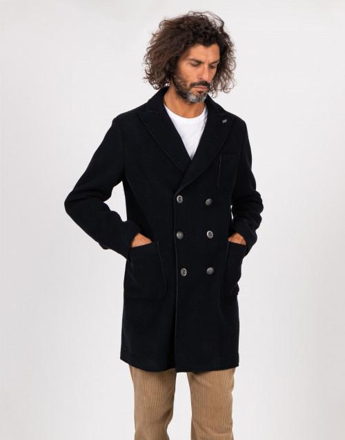 Cappotto blu doppiopetto con bordi taglio vivo