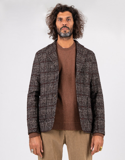 Brown bouclè houndstooth blazer