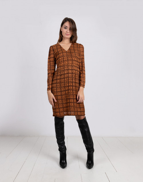 V-neck geometric dress with long sleeves