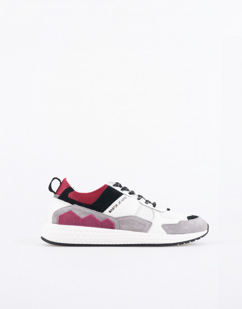 M832 futura sneakers ice color and burgundy