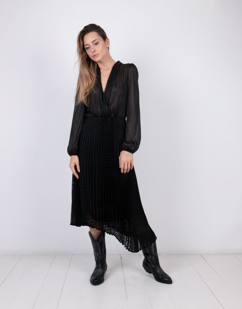 Sheer panel pleated dress