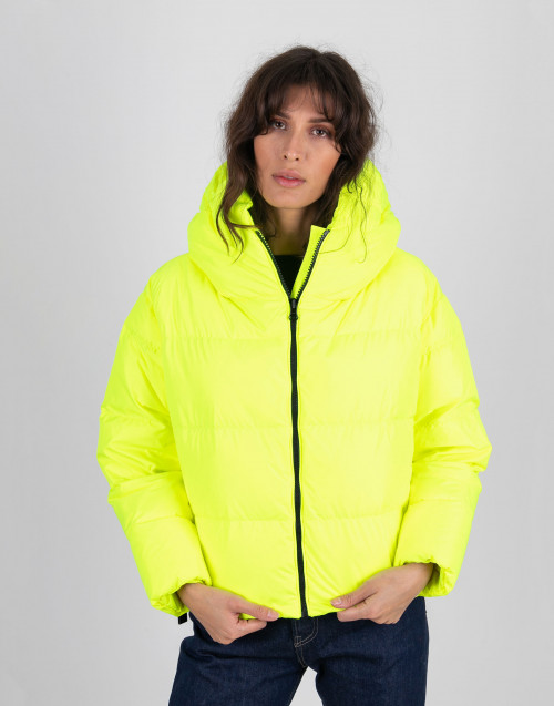 Yellow fluo shorty down jacket