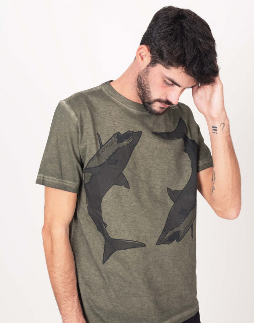 Melange t-shirts with two sharks