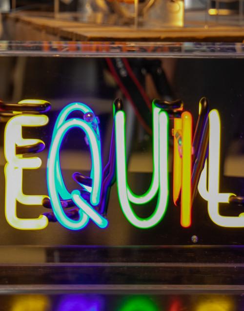 """BOX neon in acrilico """"tequila"""""""