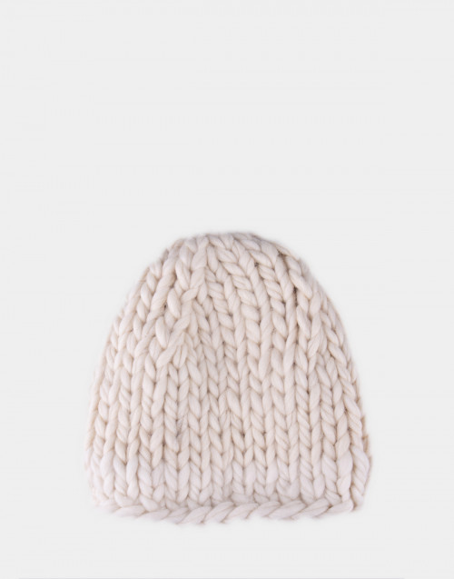 White Chunky cap