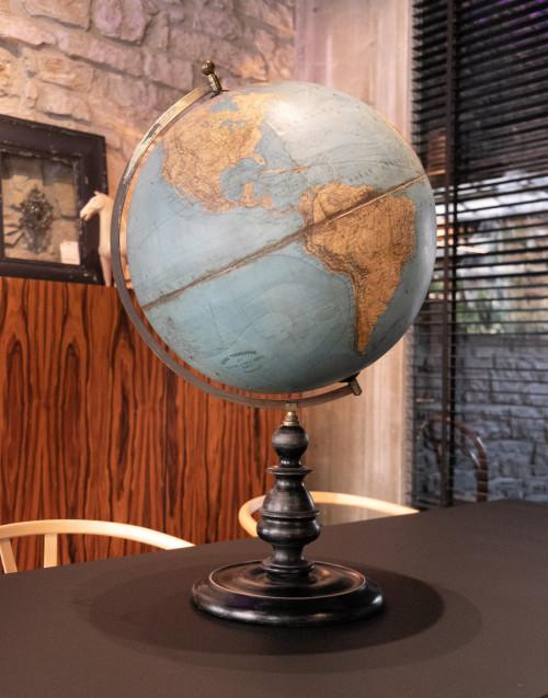 Globe Terrestre Hacette Paris 1890